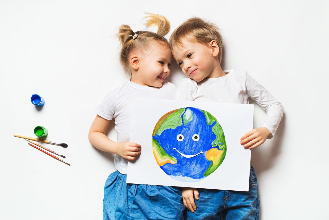 Rheuma Akademie Umweltkonzept zwei Kinder Weltkugel